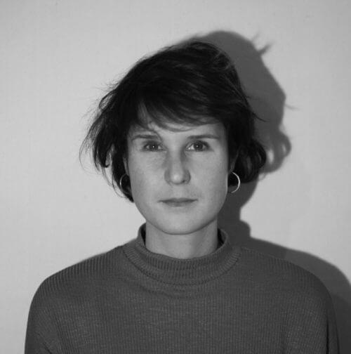 Portrait von Simone
