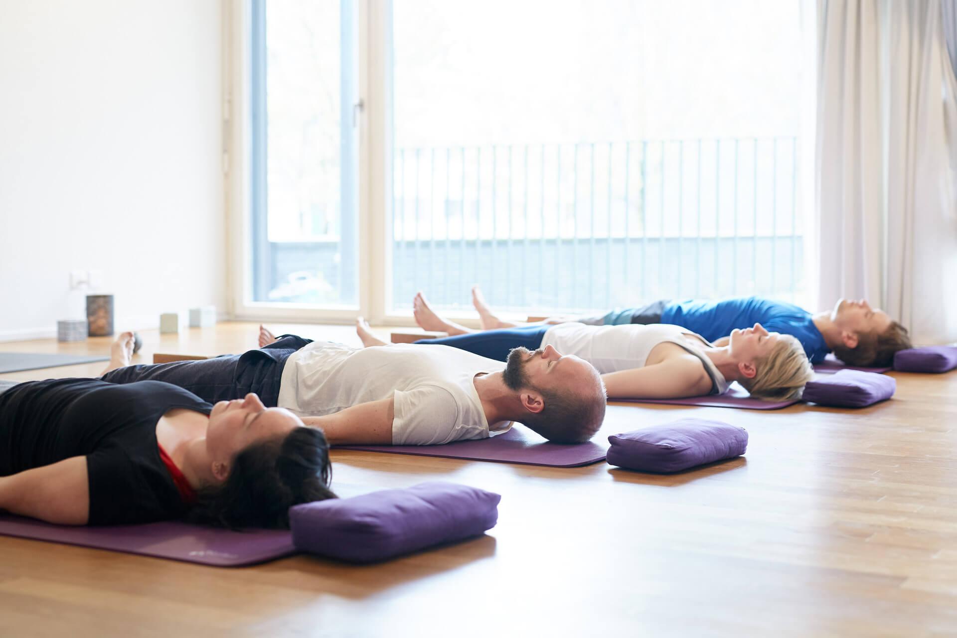 Shavasana nach Yoga-Lektion