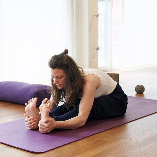 Yin-Yoga Pose